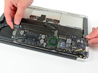 MacBook air logic board repair in mumbai, thane